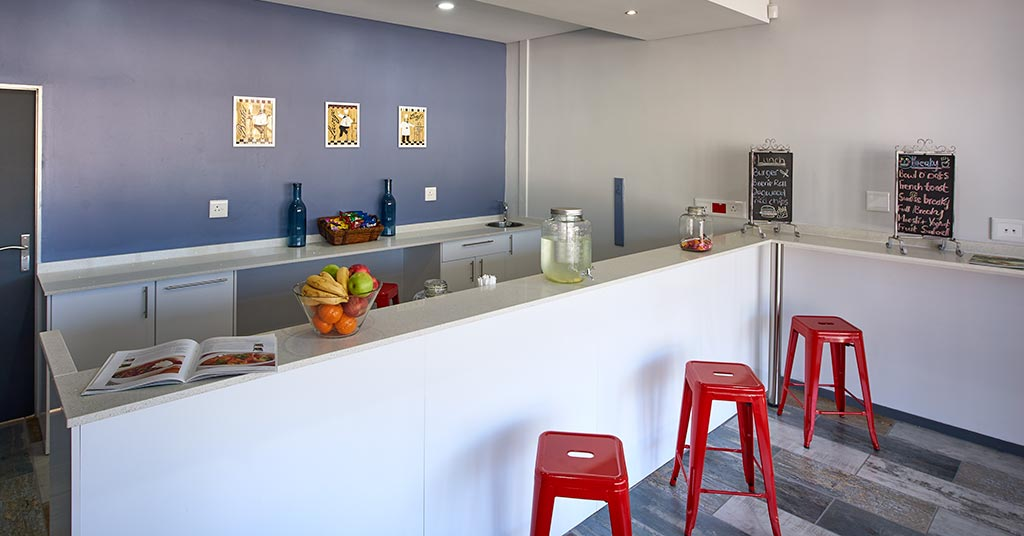 Fully equipped kitchens, canteens and cafes
