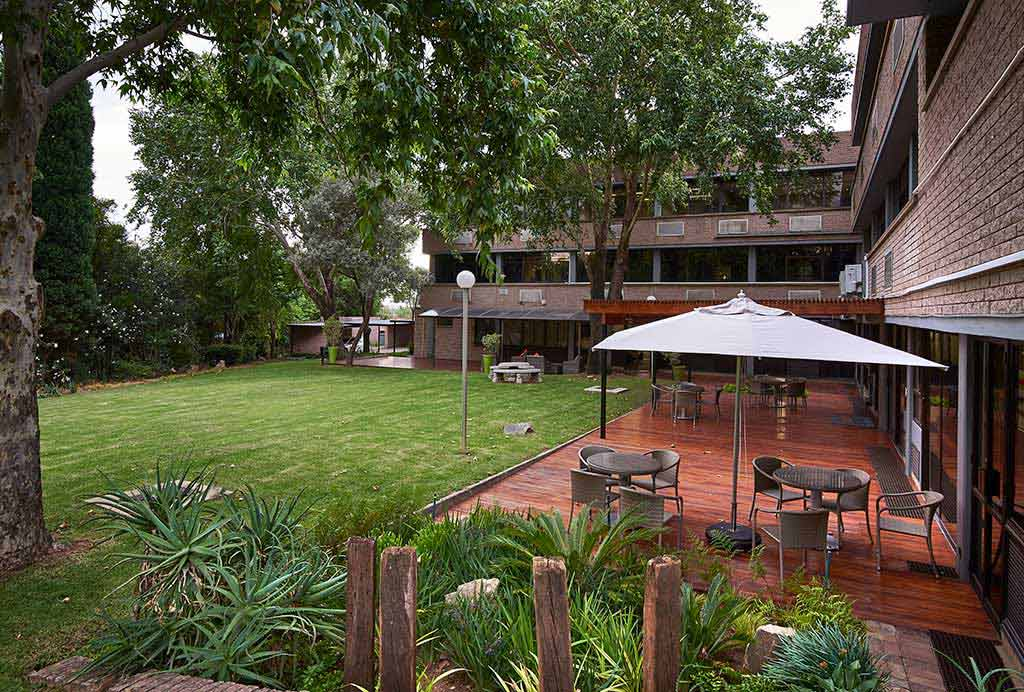 morningside manor outdoor area